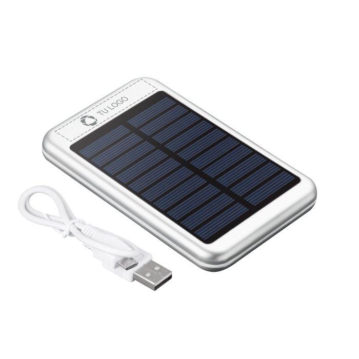 Batería externa solar de 4000 mAh grabada con láser PB-4000 Bask de Avenue™